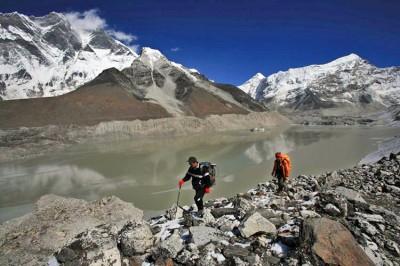Surveying Imja Glacial Lake, Nepal. PHOTO environmentalresearchweb.org