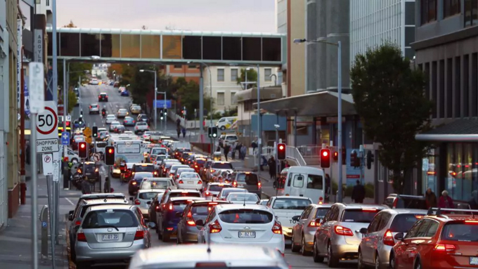 Traffic in Argyle Street blocking exit from ajacent council carpark for five hours, April 2018. PHOTO Matt Thomson/Mercury